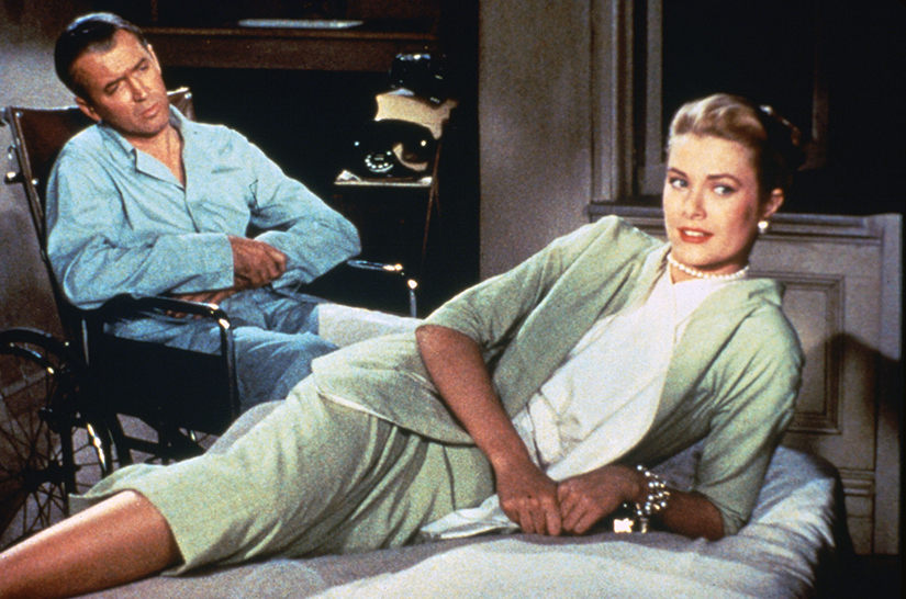 Grace Kelly e James Stewart durante le riprese del film La finestra sul cortile