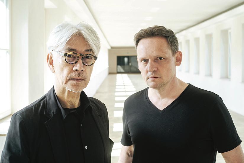 Alva Noto & Ryuichi Sakamoto m