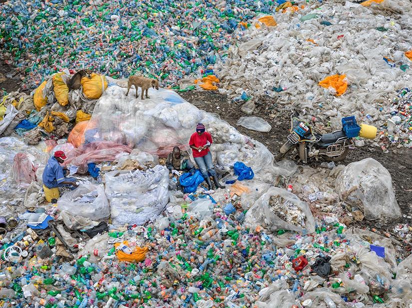 Edward Burtynsky, Dandora Landfill #3, Plastics Recycling, Nairobi, Kenya, 2016