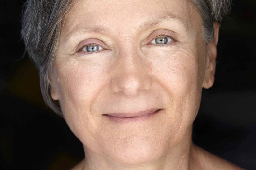 """Mariangela Gualtieri legge """"Nove marzo duemilaventi"""" per #laculturanonsiferma"""