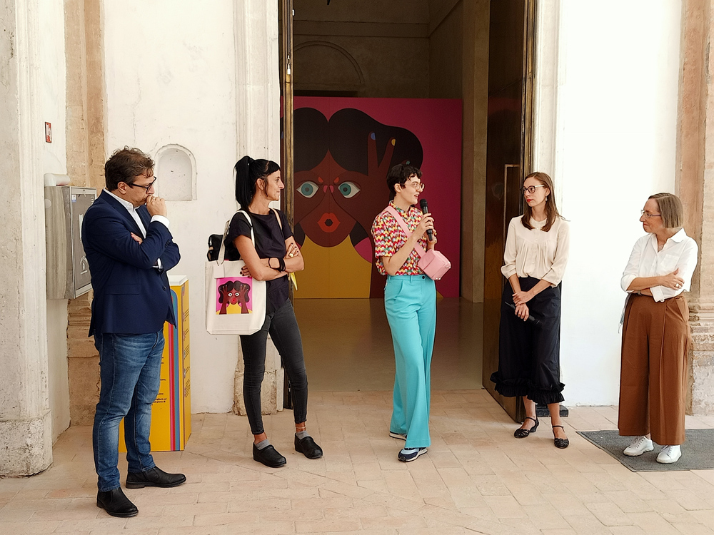 """""""Caleidoscopica"""", la mostra di Olimpia Zagnoli ai Chiostri di San Pietro a Reggio Emilia"""