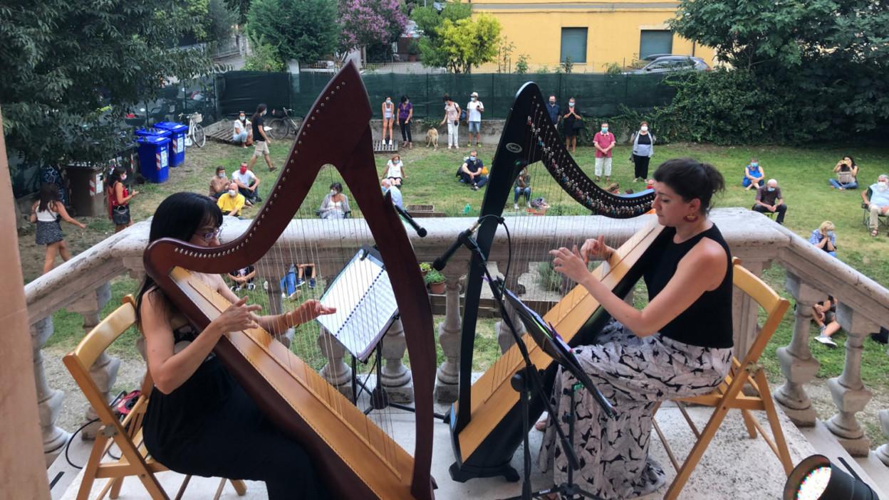 Duo Alchimia in concerto a Suoni dai balconi 2021